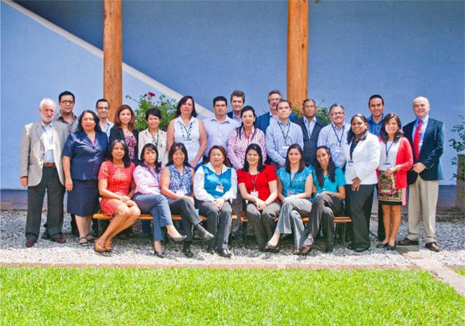 Participantes del Seminario Farmacovigilancia: Implantación y Fortalecimiento de un Sistema de Farmacovigilancia en la Región de Centroamérica y República Dominicana